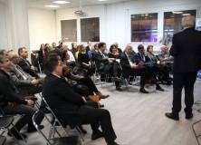Speed-meeting au RENESS : la société civileprésente ses vœux aux élus
